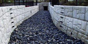 MagnumStone-stream-runoff-design-engineer-retaining-wall
